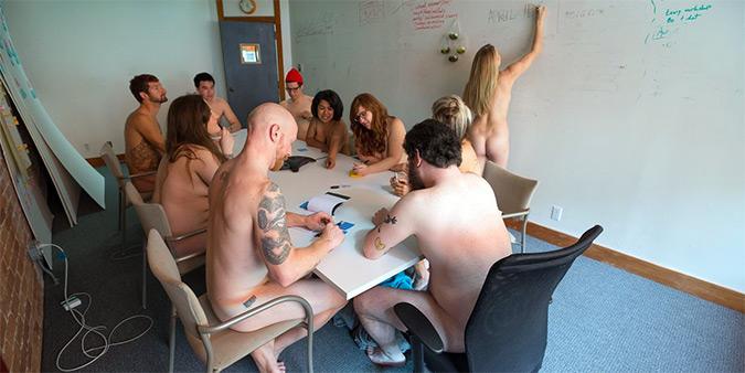 Σαν Φρανσίσκο: Η πρωταπριλιάτικη φάρσα με γυμνούς υπαλλήλους δεν βγήκε σε καλό…
