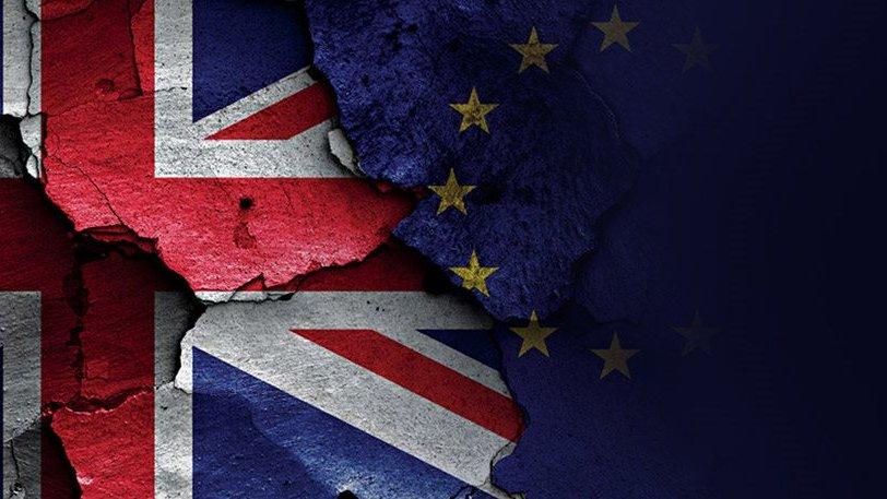 Οι Βρετανοί ψήφισαν ΕΞΟΔΟ απο την Ευρωπαϊκή Ενωση – Ολονύχτιο ΘΡΙΛΕΡ με ανατροπές