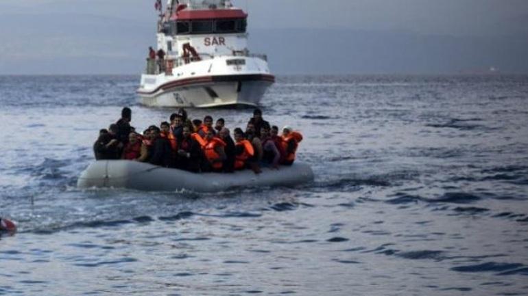 Ψαρόβαρκα με 92 πρόσφυγες έφθασε στην Τηλλυρία από την Τουρκία