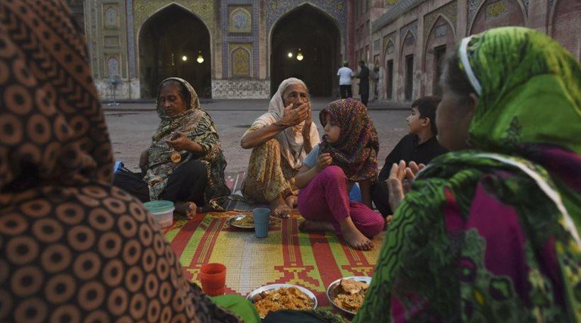 Αδιανόητο: Καταδίκασαν σε θάνατο 19χρονη Πακιστανή επειδή την βίασε ο εξάδελφός της!