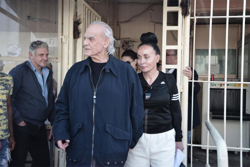 Αποφυλακίστηκε ο Άκης: «Έληξε ο εγκλεισμός και ο βασανισμός μου»