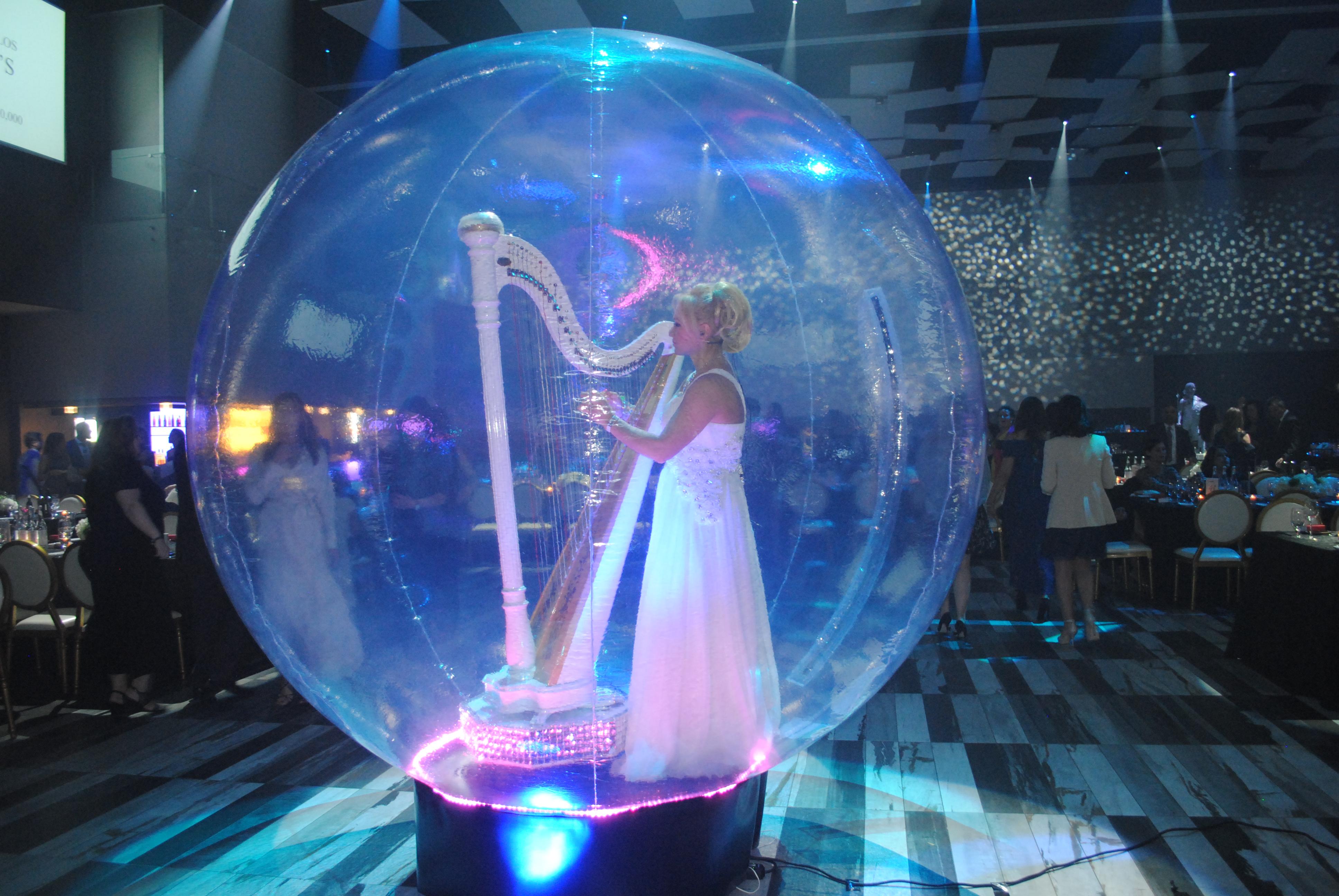 Γιορτή Extravaganza στο 21ό Annual Gala του HHF