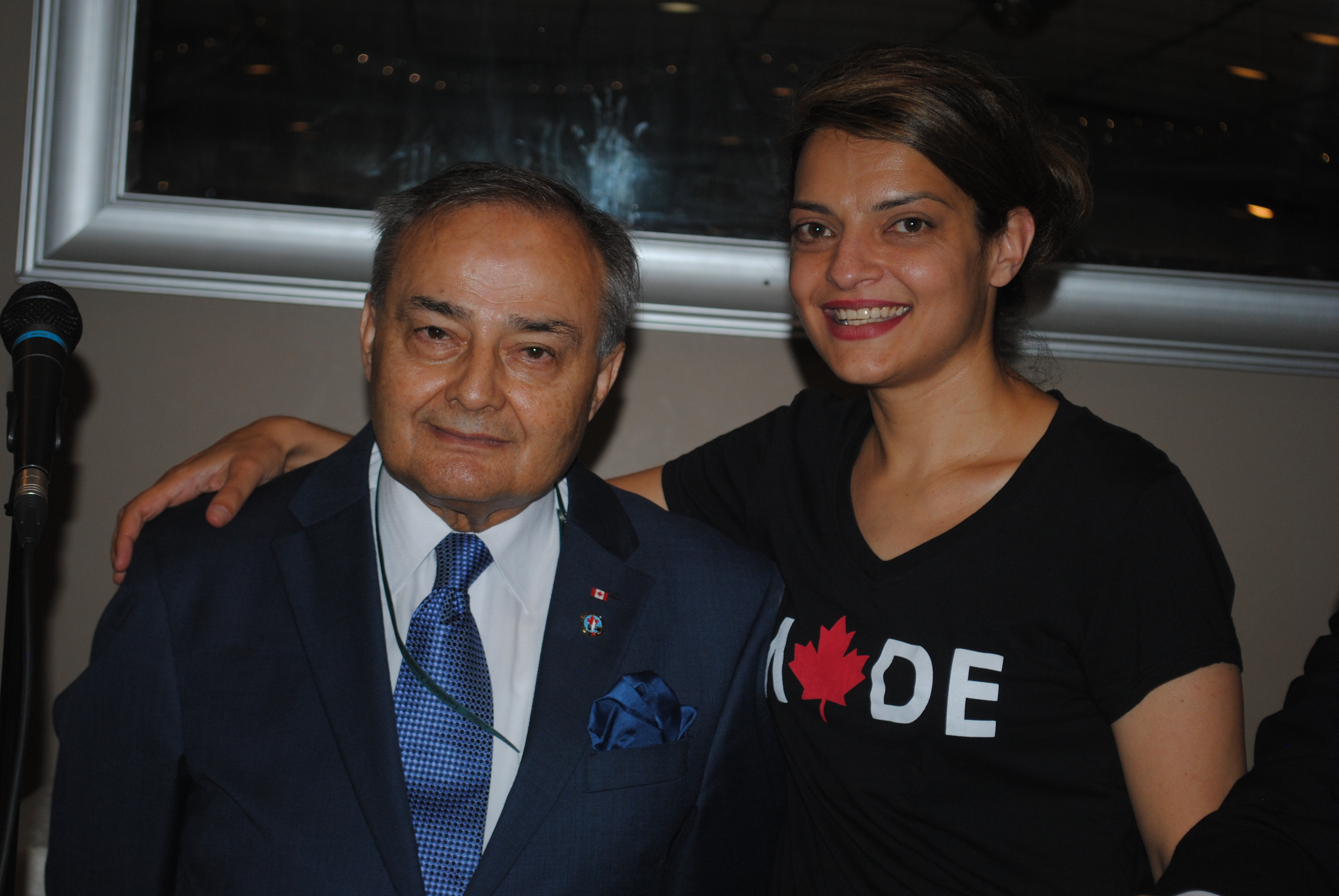 Συγχαρητήρια στους Θωμά Σάρα και Μαρία Σάρα-Βουτσινάς για το National Ethnic Press and Media Council of Canada Event