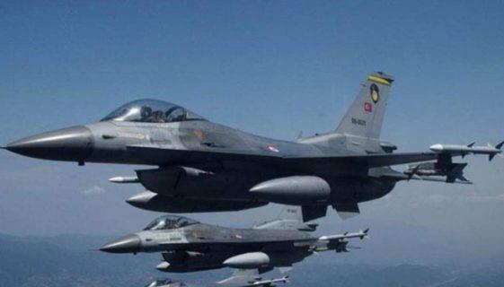 Μπαράζ τουρκικών προκλήσεων πάνω από το Αιγαίο με 53 παραβιάσεις